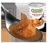 albondigas-pollo-cuchara-plato-preparado
